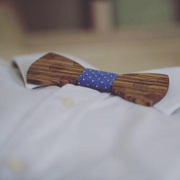 Holzfliege auf Hemd schick gepunktet / Polkadot Muster